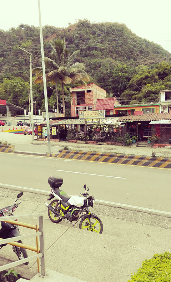 Viaje-en-Colombia-en-moto-La-Vega-Cundinamarca