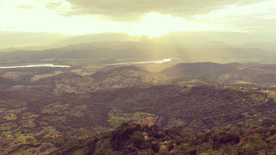el-mirador-de-la-piedra-cabira-guaduas-Colombia